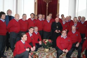 1 Dicembre  il coro accompagna la S. Messa celebrata dal Card. Dionigi Tettamanzi che nel pomeriggio assiste al concerto tenutosi presso la Villa del Sacro Cuore di Triuggio (MB)